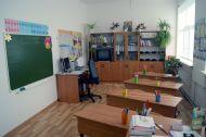 Уютные классы отделения начального образования каждое утро открывают дрери перед учениками